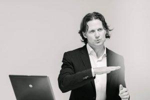 Timo Leukefeld Keynote Speaker
